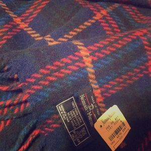 Vintage Neiman Marcus wool scarf with original tag